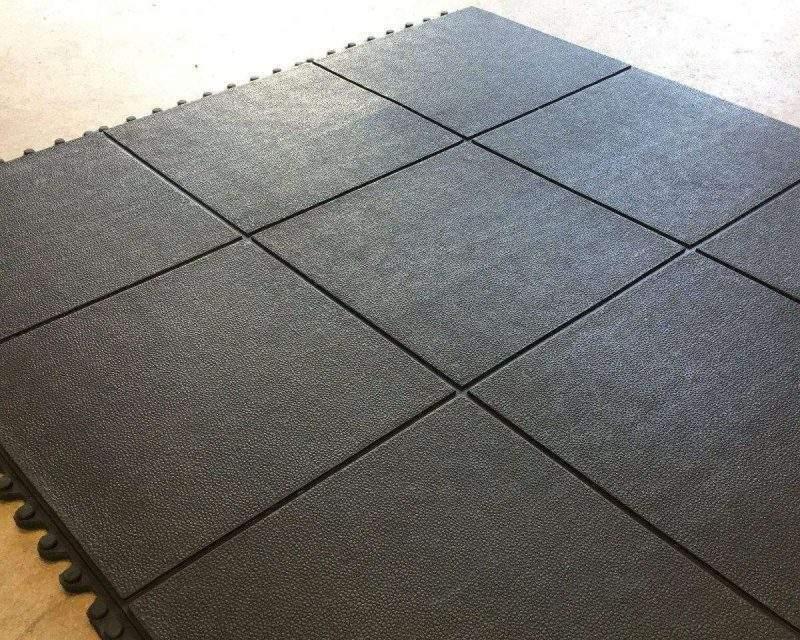 Piso EBV-16: Placa piso de borracha para cães